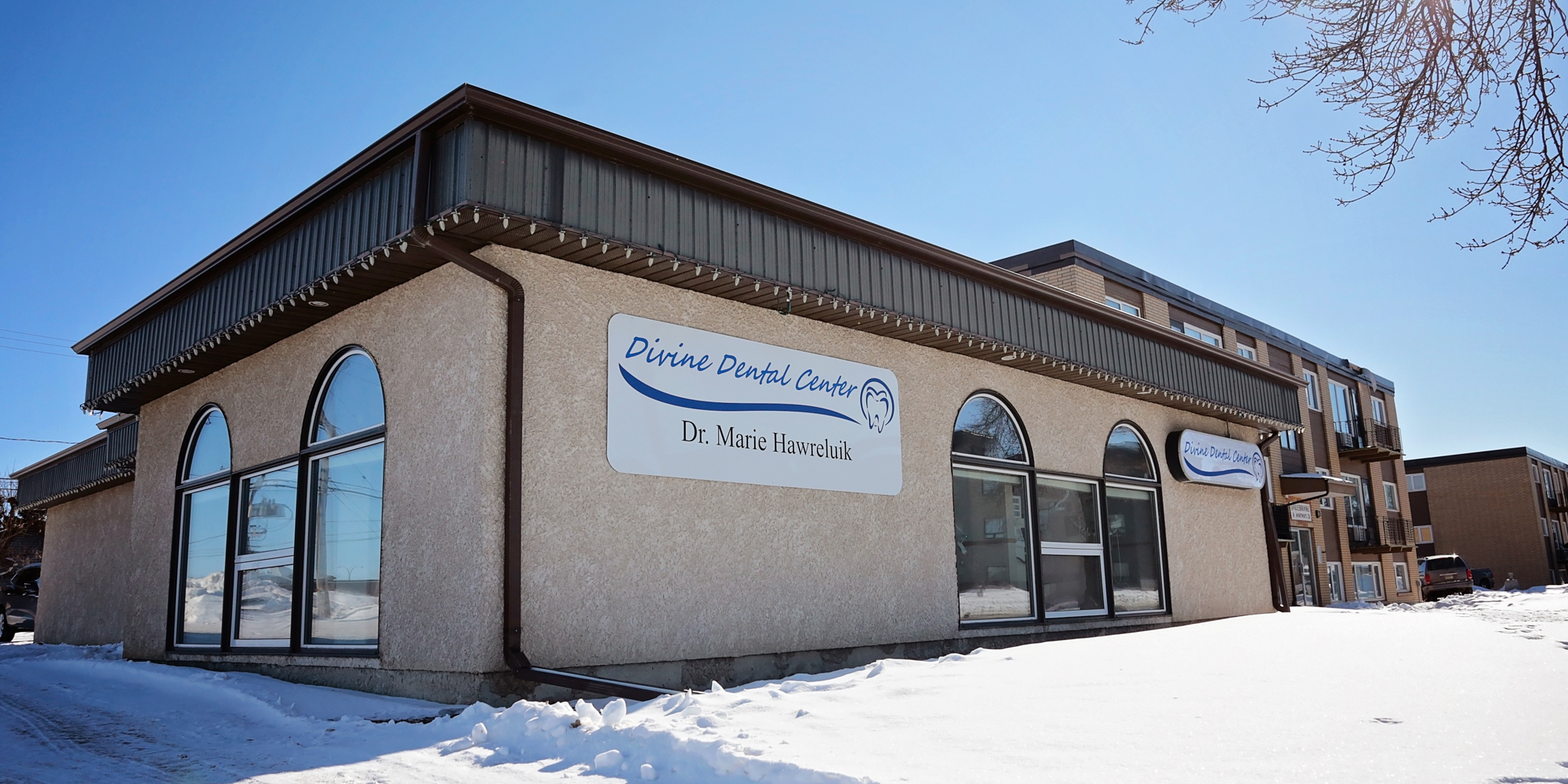 Dentist Office in Yorkton, SK Divine Dental Center